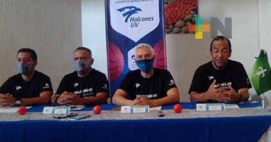Se fortalece la Academia de Basquetbol Halcones UV<br>Giovanni Morón Ramírez, 9 de junio de 2021
